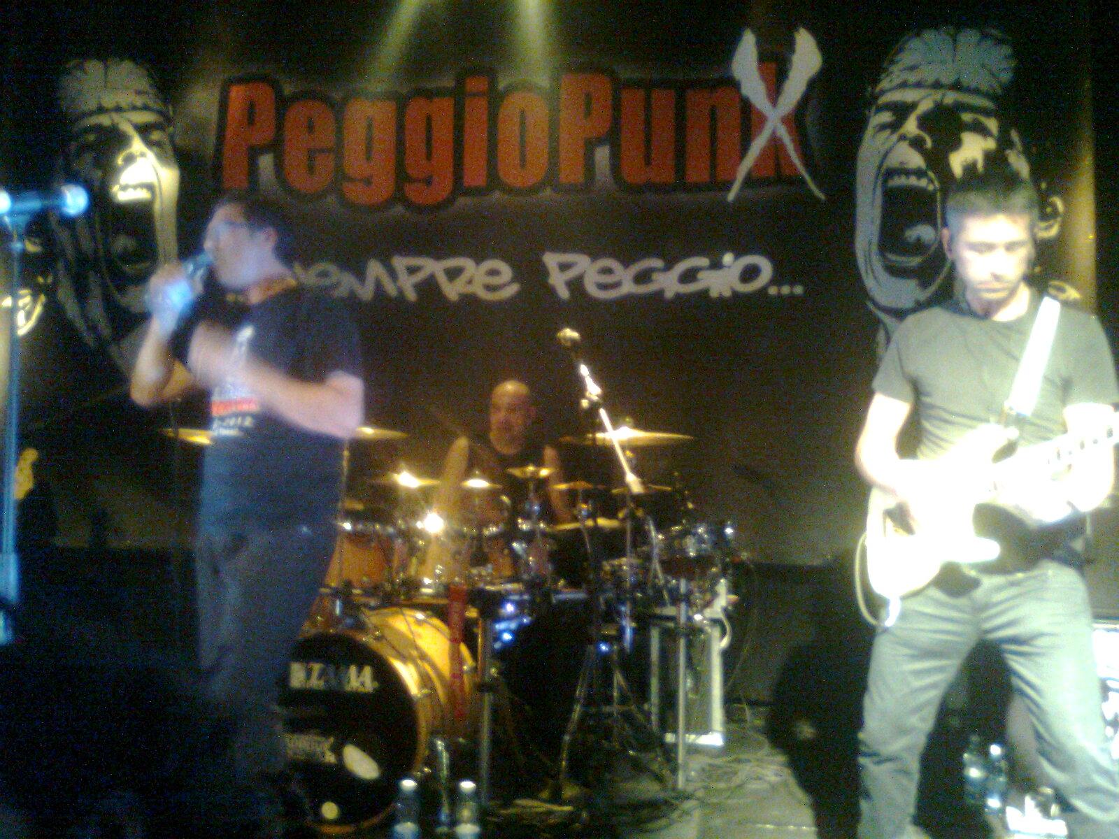 Peggio Punx - Immagini Di Sogno Represse Dentro Di Noi - Live '83-'87